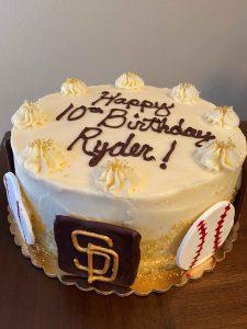 Image of Scone Rollin Bakery-Petaluma-Birthday-Cake-2