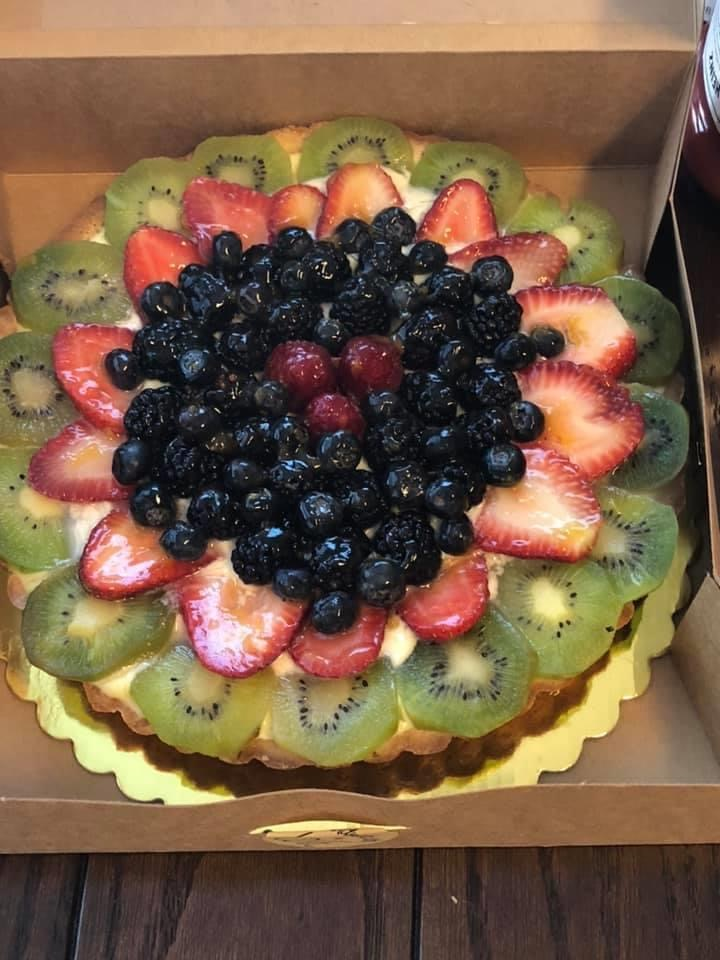 Image of Scone Rollin Bakery-Petaluma-Fruit Tart