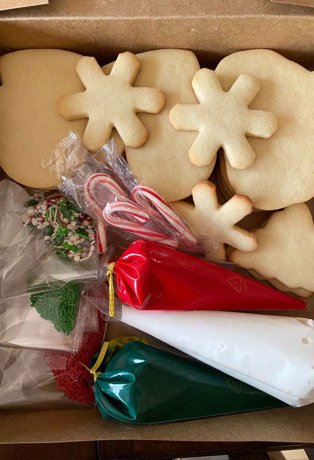 Cookie-Decorating-Kit-V-Sconerollin.com